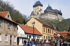 La Bohême... Le nom à lui seul fait rêver. Ses châteaux, nombreux et magnifiques, ajoutent à son indiscutable aura romantique. Ceux de Karlstejn et de Cesky Krumlov...