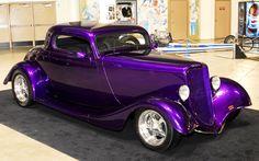 purple hot rod looks like a Ford Hot Rods, Hot Rod Autos, Luxury Sports Cars, Sport Cars, Sport Sport, Auto Retro, Us Cars, Car Wheels, Street Rods