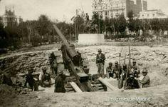 Puesto de artillería en la Plaza de España