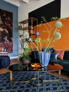 Home Design Plans, Home Interior Design, Interior Styling, Room Wall Colors, Mid Century Modern Living Room, Contemporary Interior, Colorful Interiors, Room Inspiration, Living Room Decor