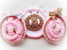 Sweet Pigs Crochet Pattern by LovelyPatterns on Etsy, $2.50. Great Inspiration.