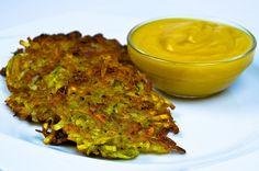Kartoffelpuffer sind ein altbewährtes Rezept und funktionieren auch ohne Ei - in dieser rein pflanzlichen Version werden sie besonders knusprig und lecker.