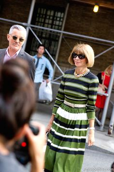 stylespotting.com | Anna Wintour and Baz Lurhman heading into Marc Jacobs show on the Upper East Side