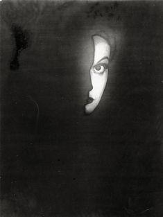 Photography by Erwin Blumenfeld (1897 – 1969).