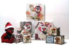 Cubes et cadres en bois par Anne-Marie VERRON. Wooden cubes and frames with bears. http://www.adopte-un-ours.com/index.php/fr/decoration-artisanale Ours d'artiste, OOAK mohair bear. #oursdecollection #ooakbear #teddybear #cubes #blocks #wood #cubesenbois #frames