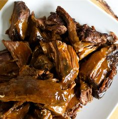 Cooking Tri-Tip Steak in the slow cooker is a sure-fire method for falling-apart-tender steak that's juicy and packed with flavor. In this simple recipe, Tri-Tip Steak simmers in a rich gravy flavored with fennel, coriander, and paprika. Beef Loin Tri Tip Steak Recipe, Tri Tip Steak Recipes, Crockpot Steak Recipes, Beef Tri Tip, Slow Cooker Recipes, Slow Cooker Tri Tip, Slow Cooker Roast, Cooking Tri Tip, Roast Gravy