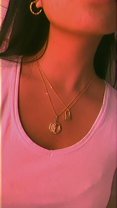 Affordable Jewelry, Trendy Jewelry, Gold Jewelry, Jewelery, Unique Jewelry, Gold Earrings, Gold Necklace, Aesthetic Songs, Cute Girl Face