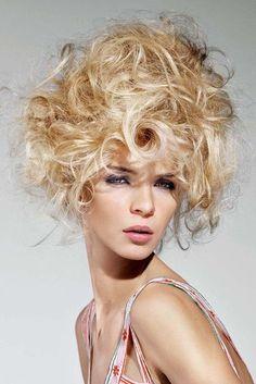 Ausgefallene Frisuren - http://www.boule-portal.de/ausgefallene-frisuren