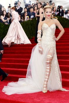 Rita Ora wore a gown by Donna Karan Atelier  gown.