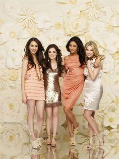 Pretty Little Liars #PrettyLittleLiars #DressAppTV