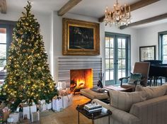 Christmas Tree Decorating Trends | Spruce up your spruce and freshen up your fir this season with these inspiring holiday decorating ideas.