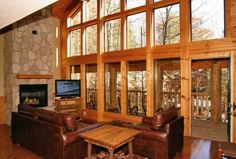 Laurel Haven - This 2 bedroom cabin is full of gorgeous windows, allowing you to see the Smoky Mountain nature!