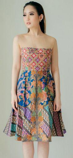 Dress Batik Kombinasi, Batik Fashion, Batik Dress, Kebaya, Ethnic, Strapless Dress, Fabric, How To Wear, Beauty