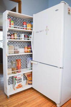 Truques para ganhar espaço na despensa e na cozinha - espaço estreito junto ao frigorífico