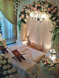 43 New Ideas Decor Ideas Wedding Ceremony Backdrop Nikah Ceremony, Wedding Ceremony Flowers, Ceremony Backdrop, Muslim Wedding Ceremony, Islam Wedding, Pakistani Wedding Stage, Backdrop Wedding, Desi Wedding Decor, Wedding Stage Decorations