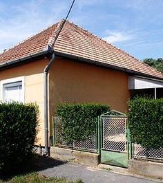 Ruhige Lage am Rande einer hübschen kleinen Stadt - Haus mit 3400 m2 Land! 15 Min vom Balaton - Preis CHF 55'000