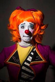 Clown Pics, Cute Clown, Circus Costume, Clown Costumes, Female Clown, Send In The Clowns, Clowning Around, Many Faces, Ronald Mcdonald