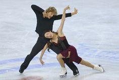 Americans Meryl Davis and Charlie White won their third straight Skate America dance title in Seattle, WA.