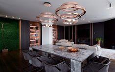 Nous vous présentons un appartement mirobolant à Kiev qui prône le luminaire cuivre. À découvrir vite ce design extrêmement chic et sophistiqué! #luminaire #design #apartment