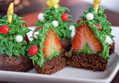 christmas strawberry brownies