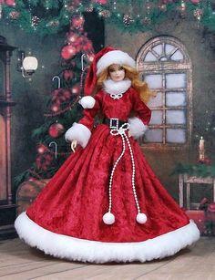 """Robe Barbie """" Mère Noel N°2 """" vêtement pour poupée Barbie , Silkstone  et autres - f3788"""