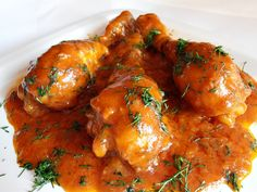 Chicken stew – About Healthy Meals Slow Cooker Huhn, Slow Cooker Chicken, Slow Food, Helathy Food, Food To Gain Muscle, Eastern European Recipes, Romanian Food, Romanian Recipes, Food Platters