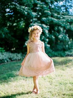 Flower Girl Dresses Nude Flower Girl Dress, Shabby Chic Dress, Rustic Wedding Dress, Vintage Girls Dress, Champagne Flower Girl Dress This item is listed as a nude color.. it does seem to have sort of a pinkish pur...