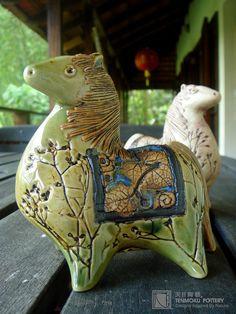Tenmoku pottery horse  sculpture