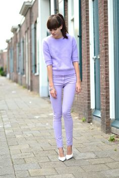 outfit all lilac jeans mohair sweater Asos Fashion, Fashion Mode, Fashion Week, Fashion Outfits, Fashion Trends, Fashion Finder, Moda Fashion, Lila Outfits, Purple Outfits