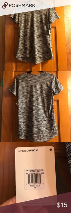 NWT Reebok Sport Tee Shirt 🖤 NWT Reebok Sport Tee Shirt 🖤 Size: M Super cool black, white and gray print! Speed Wick (helps you stay dry during sports or workouts!!!) Perfect for sports, workouts, running or just hanging out! Never worn! new With Tags!  New condition! 100% polyester! 🏃🏻♀️ Reebok Tops Tees - Short Sleeve