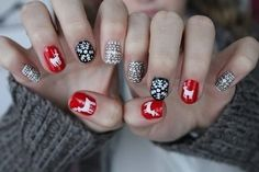 In order to provide some inspirations for your winter nail art designs, we have specially collected 72 winter nails red colors for your short nail designs. I hope you can find a satisfactory style from them. Cute Christmas Nails, Xmas Nails, Christmas Nail Designs, Winter Christmas, Christmas Art, Beautiful Christmas, Nail Art Designs, Nails Design, Uñas Fashion