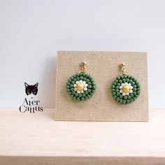 Handmade Jewelry Bracelets, Bracelet Crafts, Seed Bead Earrings, Beaded Earrings, Baubles And Beads, Craft Accessories, Imitation Jewelry, Minne, Diy Necklace