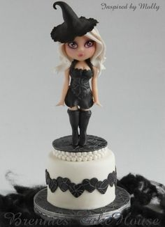 wishing you a lovely halloween By kwebbeltje on CakeCentral.com