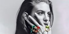 French crystal maker Baccarat is allowing consumers to express themselves in a colorful manner with help from Parisian jewelry designer Marie-Hélène de Taillac. Lustre Baccarat, Baccarat Chandelier, Baccarat Crystal, Chandeliers, Crystal Jewelry, Jewelry Rings, Jewellery, Crystals In The Home, Bijoux Diy