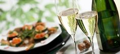 English sparkling sends out right message English Wine, Sparkling Wine, White Wine, Alcoholic Drinks, Sparkle, Messages, Tableware, Glass, Food