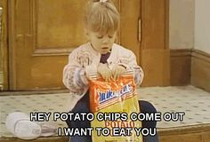 Trending GIF hungry full house snacks munchies michelle tanner treat yo self potato chips Tv Quotes, Funny Quotes, Movie Quotes, Laugh Quotes, Funny Memes, Kid Memes, Stupid Memes, Stupid Funny, Funny Gifs