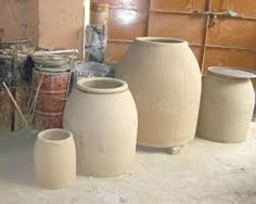Clay Tandoor - Our company is one of the renowned manufacturers and exporters of Clay Tandoor Without Jutes.