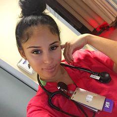 ain't no rise&grind.only grind&grind🔋�💉 Nurse Pics, Nurse Love, Hello Nurse, Sexy Nurse, Rn Nurse, Nursing Goals, Beautiful Nurse, Beautiful Ladies, Nurse Hairstyles