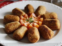 Croquetasdechampinonesypuerros17 Cocina Natural, Vegan Recipes, Cooking Recipes, Canapes, Going Vegan, Catering, Food And Drink, Veggies, Appetizers