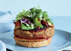 Veggie Burgers with Pomegranate Ketchup Recipe on Food & Wine - Eating vegan for a month led Richard Blais to examine his pantry more closely. He discovered that ground porcini mushrooms add a meaty flavor to dishes like his veggie burger. Best Veggie Burger, Meatless Burgers, My Burger, Vegan Burgers, Lentil Burgers, Burger Stand, Tuna Burgers, Burger Buns, Lentil Recipes