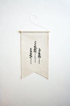 Lona pequeña bandera  tres árboles  pared bandera por SmallBranches