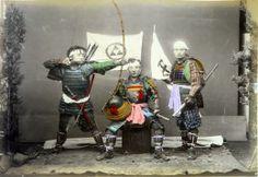 Pochi sanno che alla fine del 1800 un italiano vicentino, ADOLFO FARSARI si recò in Giappone e divenne un fotografo di grande fama: Da Wikipedia: ADOLFO FARSARI Dopo una breve carriera militare divenne un imprenditore di successo e fotografo di grande fama. Il suo lavoro in quest'ultimo campo fu fortemente apprezzato, in particolare i suoi ritratti...