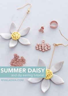 Summer Daisy Gold Earrings and Tutorial - Riva la Diva Fish Hook Earrings, Clay Earrings, Gold Earrings, Bent Nose, Spark Up, Daisy Necklace, Flower Center, Earring Tutorial, Head Pins
