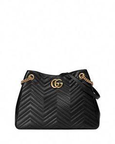 e542e1237bf Gucci GG Marmont Matelass  Shoulder Bag  Guccihandbags Gucci Käsilaukut