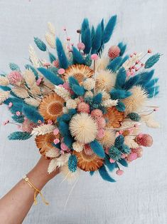 Dried Flowers Bouquet Plants For Dry Conditions Dried Rose Petals Confetti Outdoor Wedding Reception Ideas Dried Flower Bouquet, Flower Bouquet Wedding, Dried Flowers, Lotus Flowers, Diy Bouquet, Bridal Flowers, Bridesmaid Bouquet, Spring Flowers, Flower Aesthetic