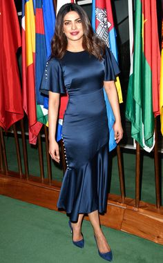 Priyanka Chopra at Unicef Anniversary Celebrations : I like how this Prabal Gurung dress perfectly hugs her body and even though it doesn't exactly makes her stand out, she did look good. Matching Giuseppe Zanotti shoes, red lips and simple. Priyanka Chopra Wedding, Priyanka Chopra Hot, Bras For Backless Dresses, Satin Dresses, Beautiful Bollywood Actress, Most Beautiful Indian Actress, Bollywood Heroine, Gurung Dress, Stylish Girls Photos