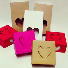 Anaquiños de papel: Packaging San Valentín para Praliné