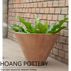 """V"" Shape Terracotta Flower Pot (HPTC039)"