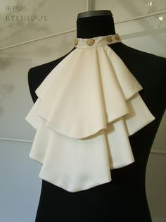 White Shirt Jabot - inspiration only Fashion Details, Diy Fashion, Womens Fashion, Fashion Design, Curvy Fashion, Fall Fashion, Fashion Trends, Kleidung Design, African Accessories
