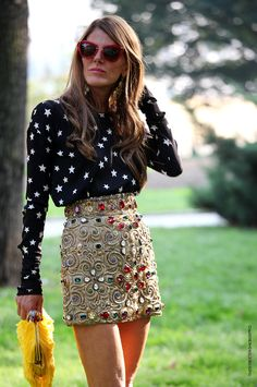 Embellished skirt and top to die for....and love the way both have been combined.